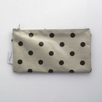 Cosmetic bag dots.
