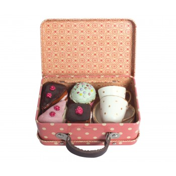 Suitcase with cakes and cups