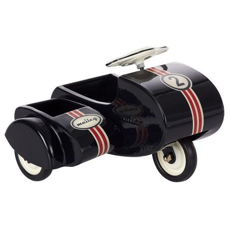 Moto con sidecar de metal, negro