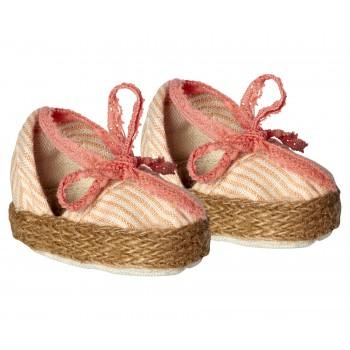 Medium, Flower shoes