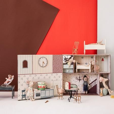 Wooden Cradle (Micro)