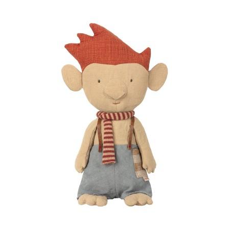 Troll w. red scarf