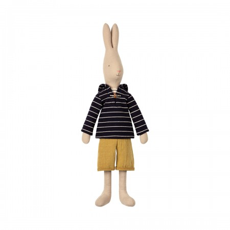 Rabbit size 4, Sailor