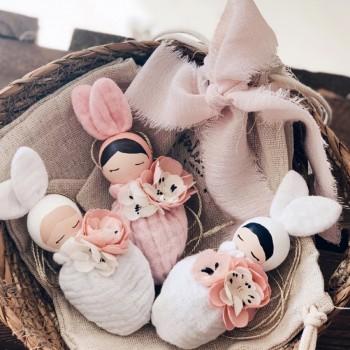 Collar Conejita Fleur Pelo Rubio - Saco Blanco