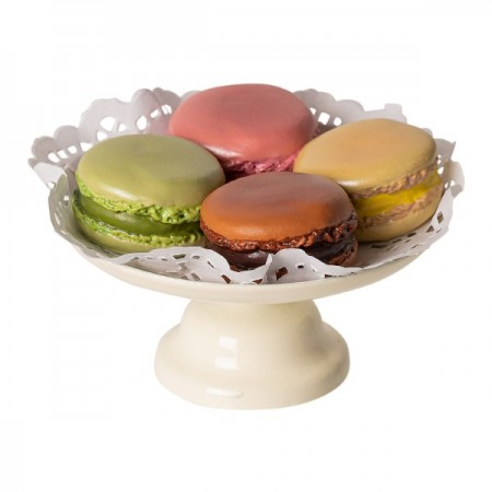 Macarons y chocolate caliente