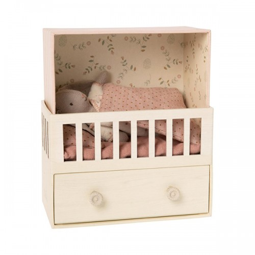 Baby Room with Bunny - Micro