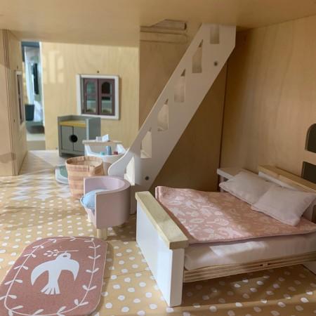 Dolls House - Bedroom Furniture