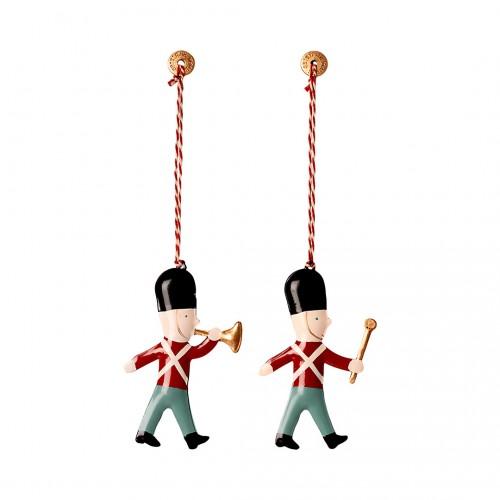 Metal Ornament Guard