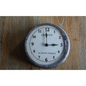 Reloj con imán
