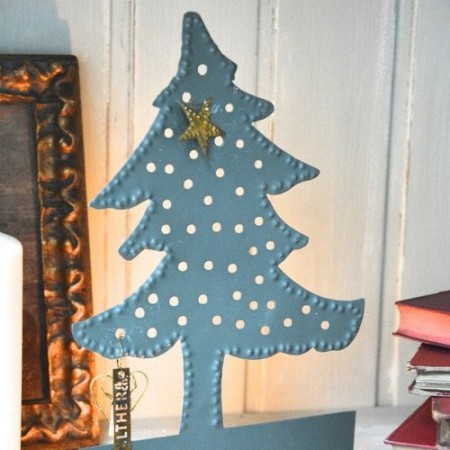 Zinc Christmas tree candle holder