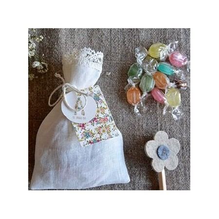 Customized linen candy favor bag. Flowers