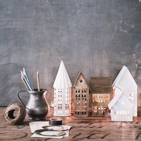 Casa portavelas latón (20 cm)
