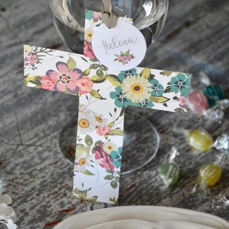 Customized favor flowers cross card