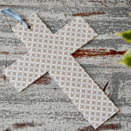 Customized favor print cross card