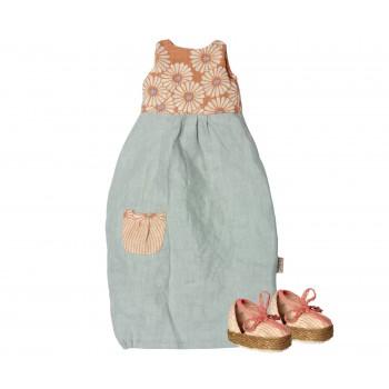 Vestido con zapatos (Maxi)