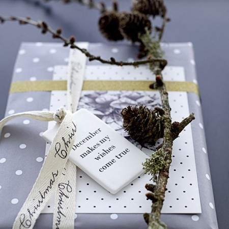 Gift paper nature