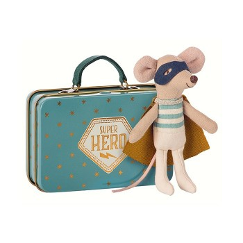 Ratoncito superhéroe con maleta